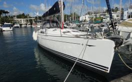 Sun Odyssey 49: En Marina